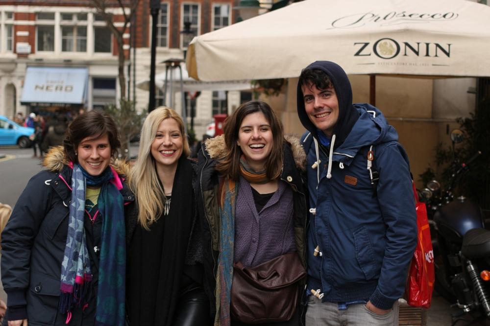 Clara, Joyce, Borja y Tami