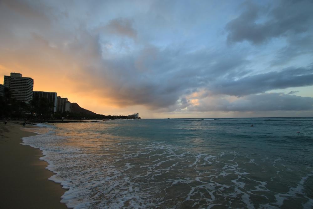 Amanecer en Waikiki